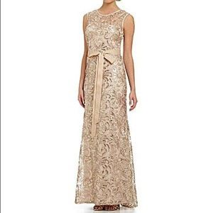Betsy & Adam dress Size 4 Gold Sequin